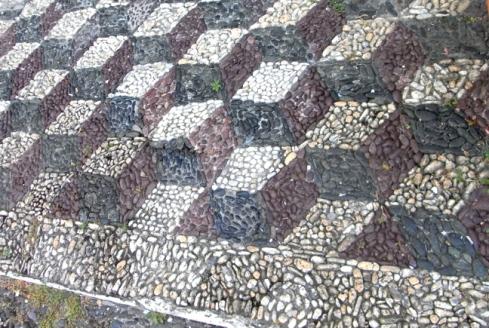 mosaico ciottoli pattern a rombi