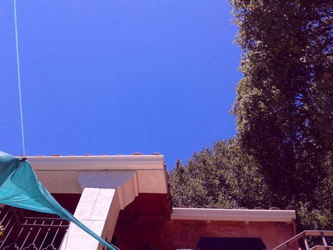 il cielo sulla piscina