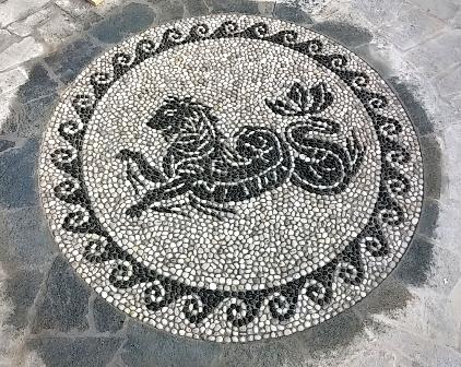 mosaico di ciottoli pantera